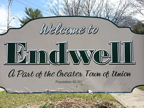 endwell men Buy your maine endwell middle school spartans apparel online maine endwell t-shirts, spartans hoodies, middle school sweatshirts, endicott track & field warm-ups, spartans baseball hats.