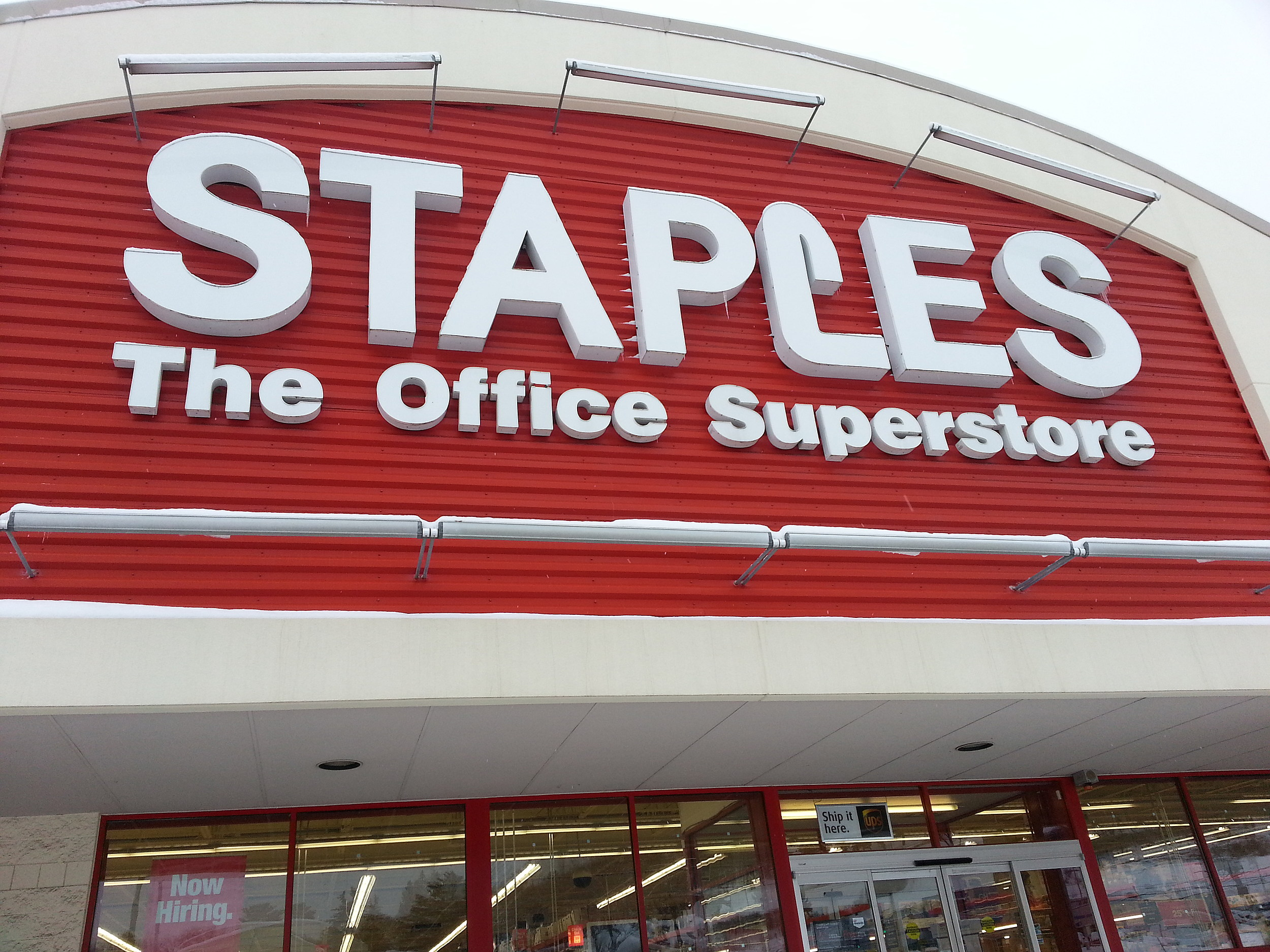 staples is closing its store on upper front street in april
