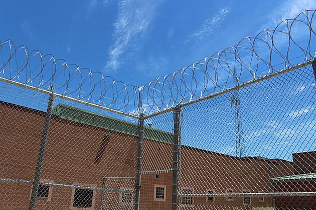 Razor wire atop a fence surrounding a new recreation area at Broome County Jail. [Bob Joseph/WNBF News]