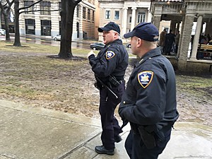 New York State courts officers responding following the bomb threat. (Photo: Bob Joseph/WNBF News)
